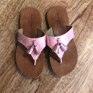 Girls sandals. Hanna Anderson size 2/3 pink